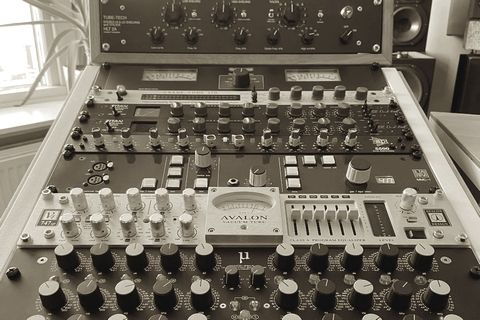 Masterenzo Mastering Outboard Rack